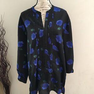LARRY LEVINE bold blue floral tunic blouse